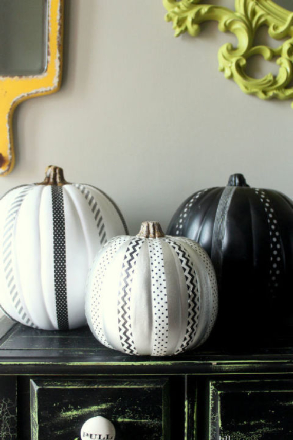 New Ways to Decorate Your Halloween Pumpkins (51)