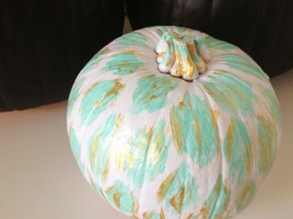 New Ways to Decorate Your Halloween Pumpkins (52)