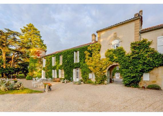 Chateau-Bellevie-Midi-Pyrenees-France- (39)