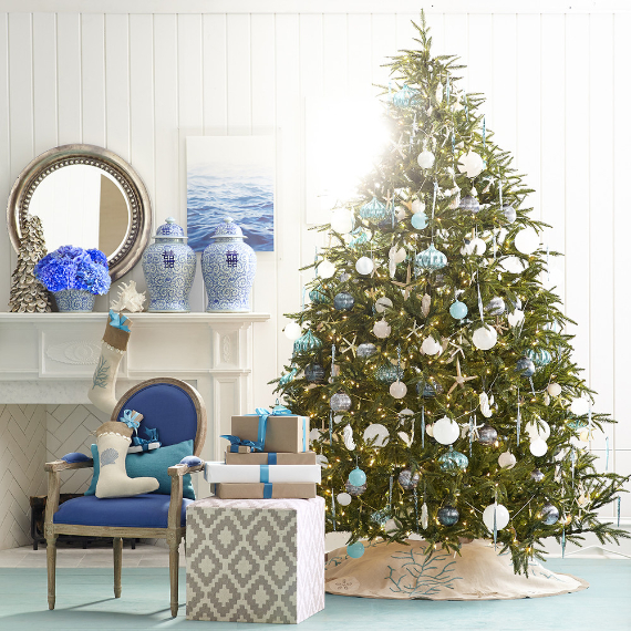 Christmas Decor Ideas And Tree Ornaments With A Coastal Theme Family Holiday Net Guide To Family Holidays On The Internet