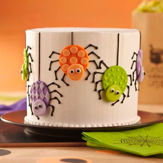 Cute & Non scary Halloween Cake Decorations (18)