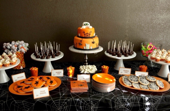 Cute & Non scary Halloween Cake Decorations (28)
