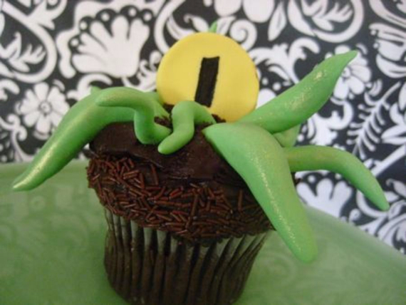 Cute & Non scary Halloween Cake Decorations (3)