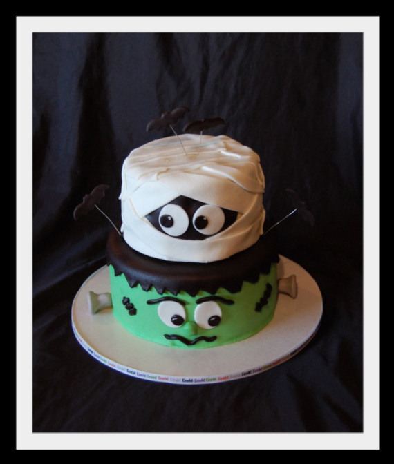 Cute & Non scary Halloween Cake Decorations (7)