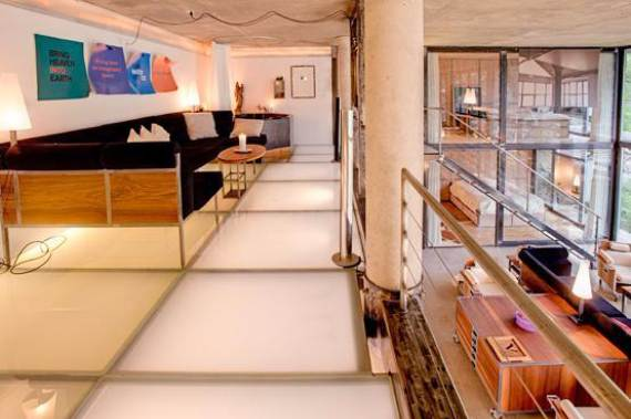 delightful-home-amplifying-the-beauty-of-its-surrounding-the-heinz-julen-loft-15