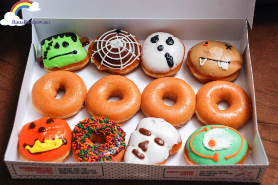 Easy Halloween Treats Doughnuts of Doom (4)