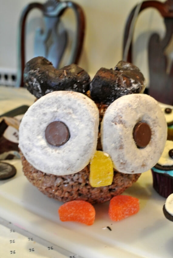 Easy Halloween Treats Doughnuts of Doom