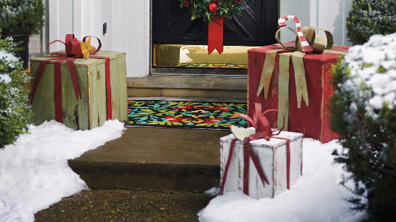 Fascinating Christmas Ideas For Indoors And Outdoors (95)