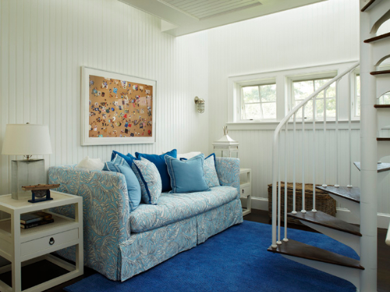 Interior Holiday Home Design In Blue Tones (14)