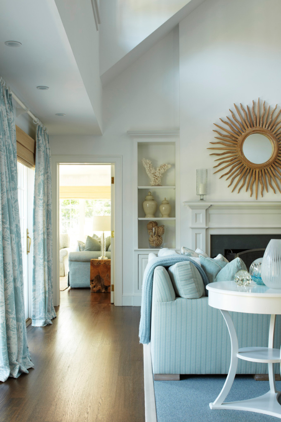 Interior Holiday Home Design In Blue Tones (2)