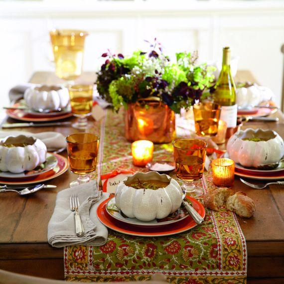 Stylish Thanksgiving Table Settings
