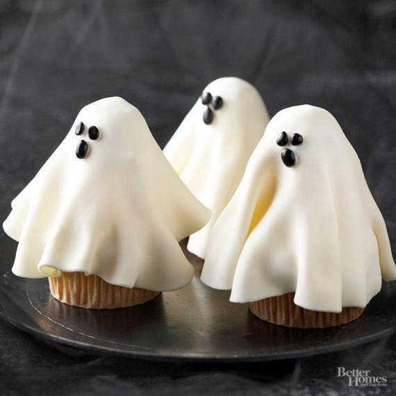 Very-Easy-Ghost-cupcake-for-Halloween-15