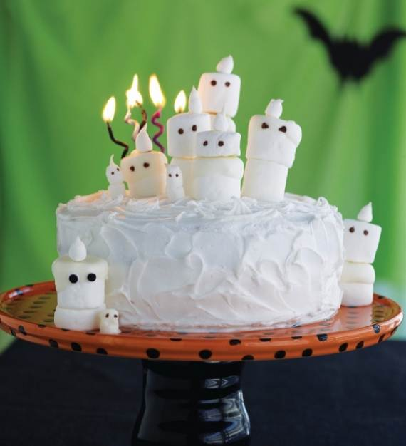 Very-Easy-Ghost-cupcake-for-Halloween-9
