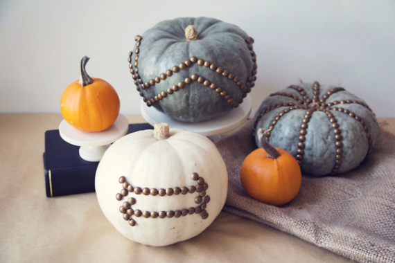 Ways to Decorate for Fall, Halloween and Thanksgiving With Pumpkins (17)