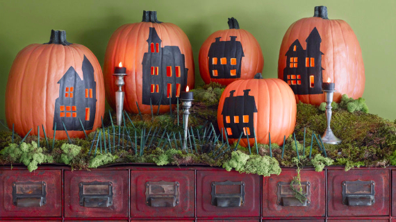 Ways to Decorate for Fall, Halloween and Thanksgiving With Pumpkins (2)