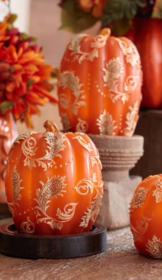 Ways to Decorate for Fall, Halloween and Thanksgiving With Pumpkins (25)