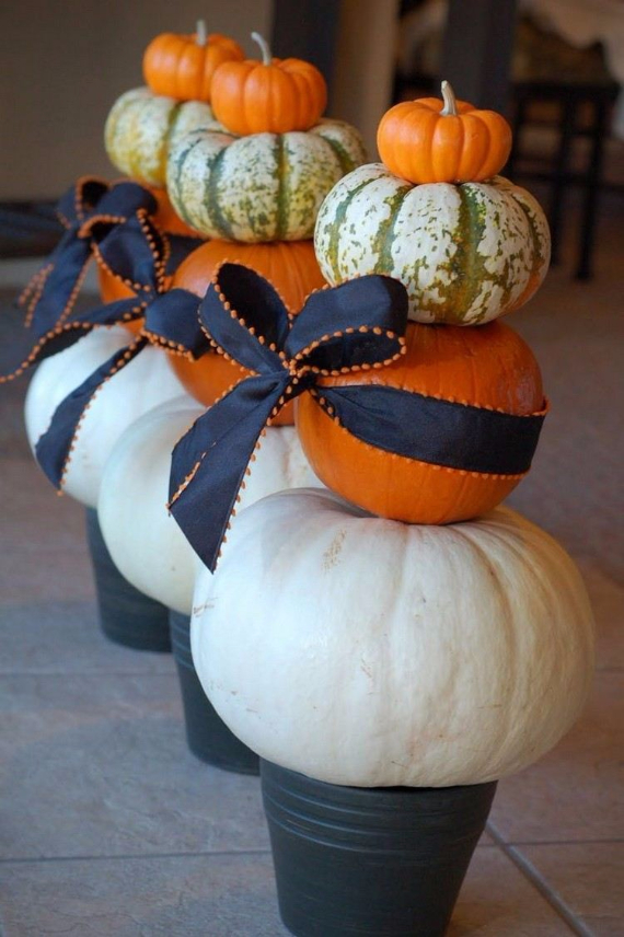 Ways to Decorate for Fall, Halloween and Thanksgiving With Pumpkins (40)