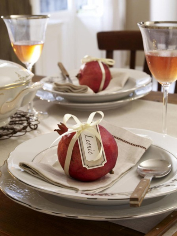 Autumnal Decorating Ideas With Pomegranates (5)