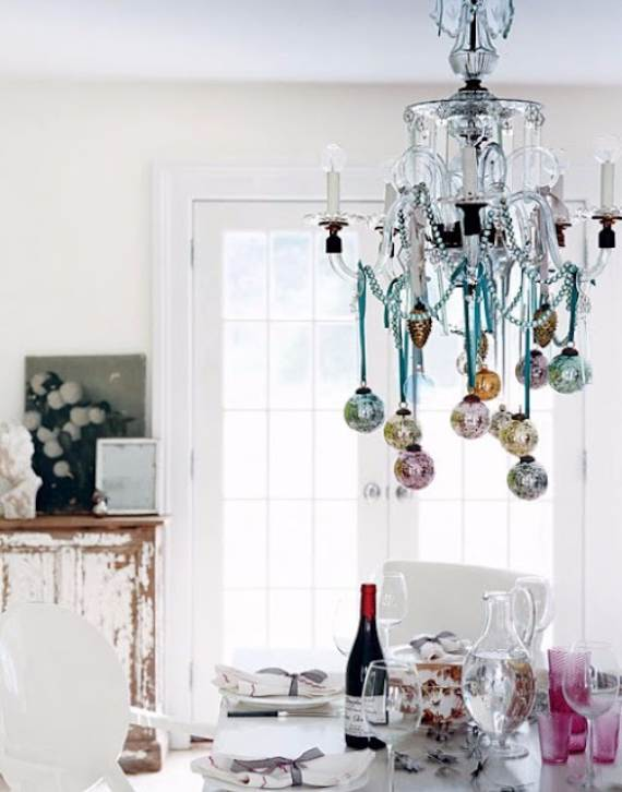 Christmas-Pendant-Lights-and-Chandeliers-131
