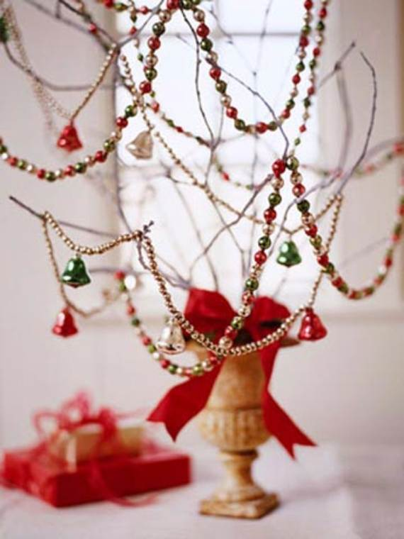 Christmas-Pendant-Lights-and-Chandeliers-211