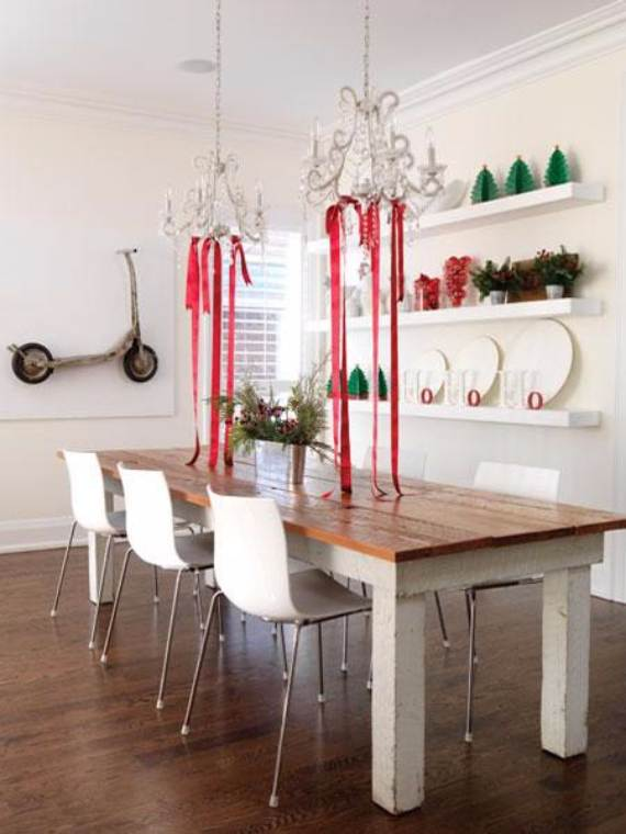 Christmas-Pendant-Lights-and-Chandeliers-25