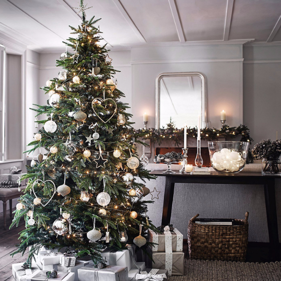 Christmas Spirit from the White Company (9)