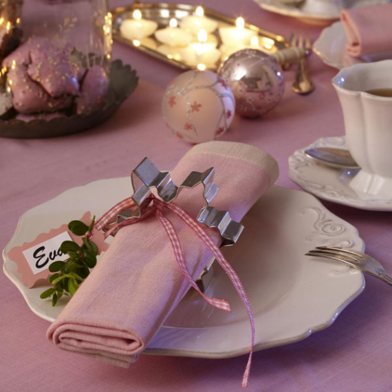 DIY Christmas Table Setting& Centerpieces Ideas (44)