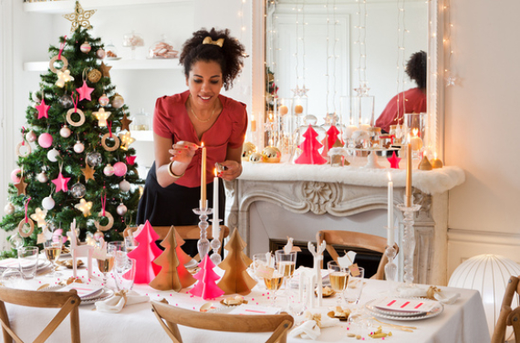 Fairy Dining Christmas Decor In Pink And Gold  (5)