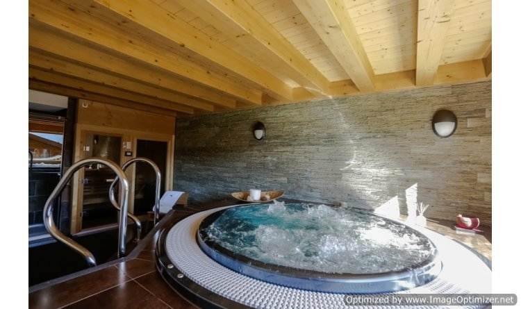 perfect-ski-retreat-in-big-sky-montana-the-luxury-chalet-le-vieux-bisse-4