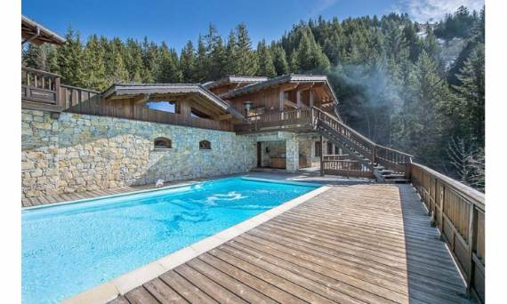 ski-lodge-aurore-a-spectacular-chalet-inspired-modern-villa-french-village-meribel-2