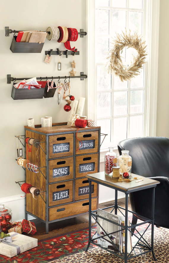 Stylish Home Office Christmas Decoration Ideas  (17)