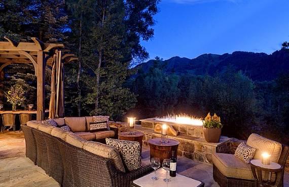 charming-roaring-fork-log-cabin-residence-17