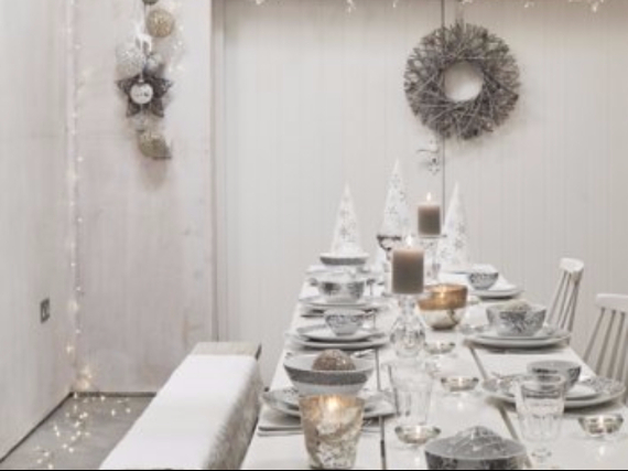 Holiday Styling Spotlight... Elkie Brown (49)