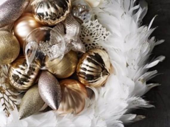 Holiday Styling Spotlight... Elkie Brown (67)