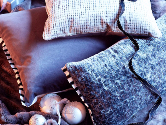 Holiday Styling Spotlight... Elkie Brown (78)