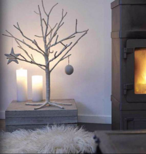 Inspiring-Scandinavian-Christmas-Decorating-Ideas-14