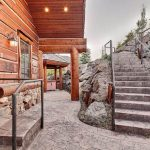 Warm and Inviting Weekend Retreat: Contemporary Mountaineer Ranch – Deer Valley