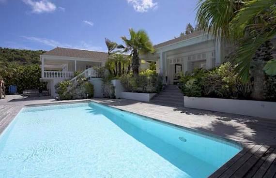 stylish-caribbean-hideaway-ela-modern-holiday-villa-in-st-barts-23