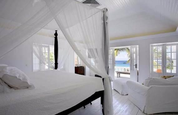 stylish-caribbean-hideaway-ela-modern-holiday-villa-in-st-barts-4