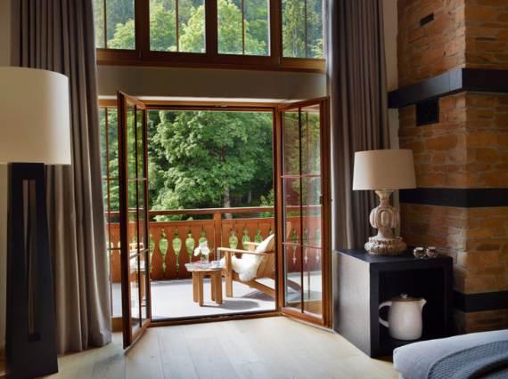 Discreet-luxury-in-Klosters-Haus-Alpina-Switzerland-35