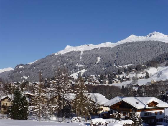 Discreet-luxury-in-Klosters-Haus-Alpina-Switzerland-55