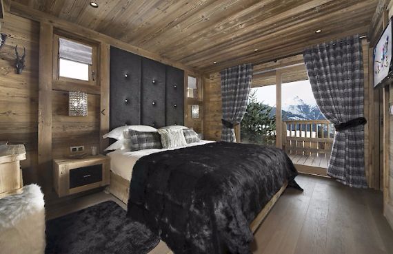 Holidays in French Alps Chalet Syrma A private ski chalet (7)