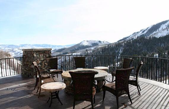 Kings-Estate-An-Exceptional-Ski-Holiday-Home-11