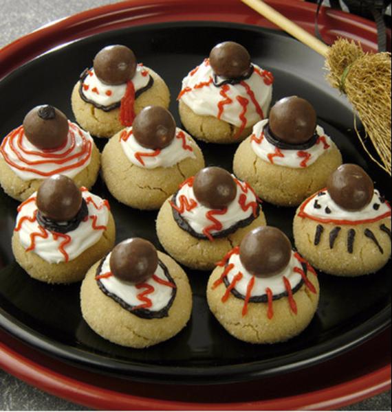 50 Creepy Halloween Treats with Delicious Edible Decoration Ideas (1)