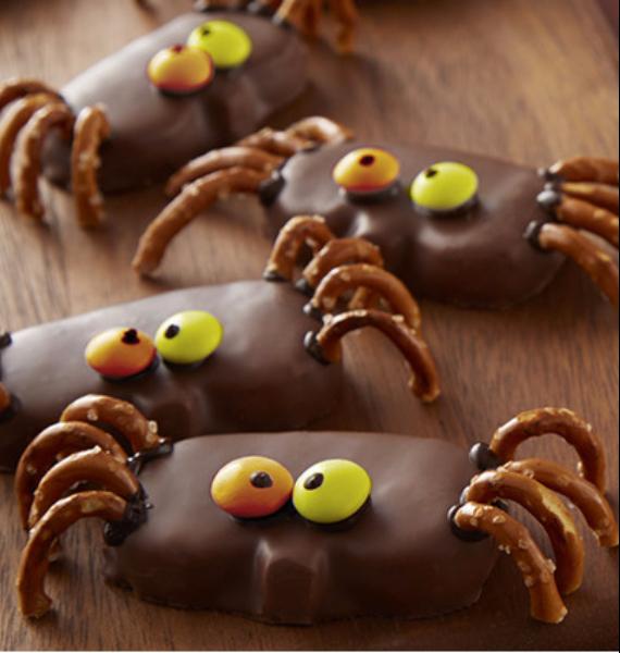 50 Creepy Halloween Treats with Delicious Edible Decoration Ideas (15)
