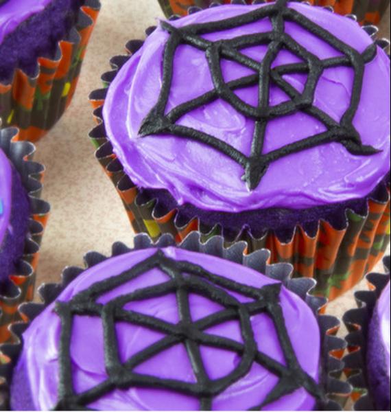 50 Creepy Halloween Treats with Delicious Edible Decoration Ideas (18)