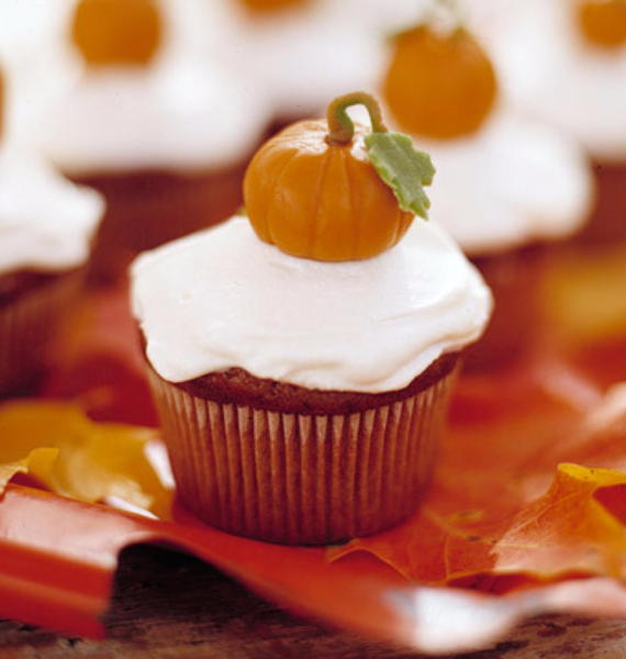 50 Creepy Halloween Treats with Delicious Edible Decoration Ideas (7)