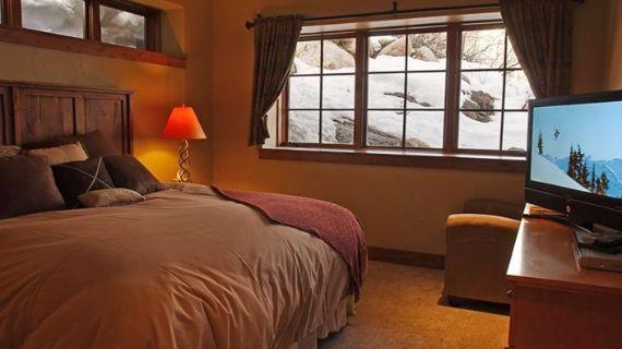 Bear Grande Chalet Colorado Winter Vacation (9)