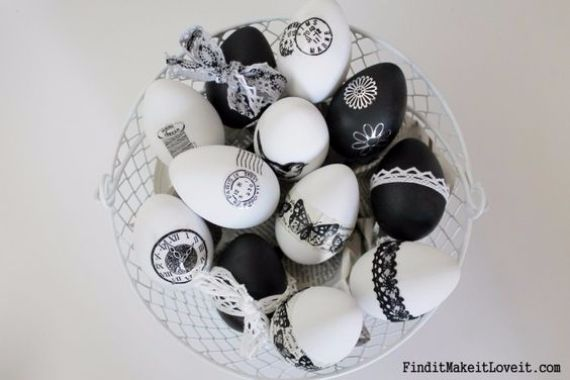 Creative Easter Decorations In Black, White And Gold (1)
