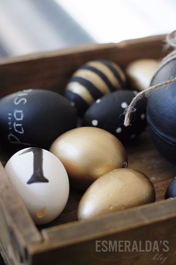 Creative Easter Decorations In Black, White And Gold